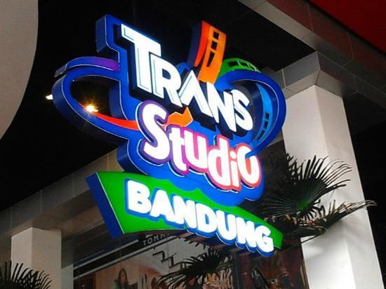 http://www.transstudiobandung.com